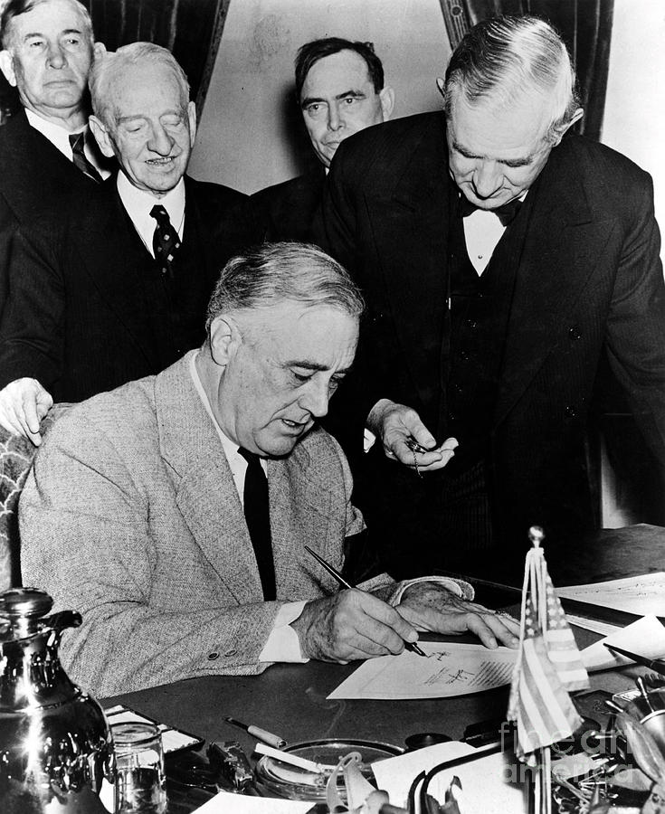 Roosevelt Signing Declaration Of War Photograph