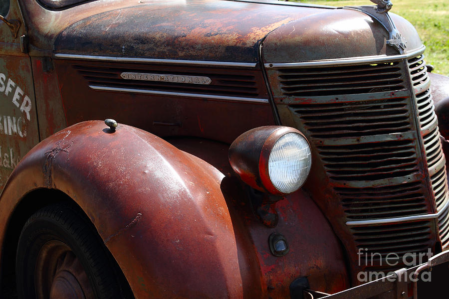 Rusty Old 1935 International Truck . 7d15499 Photograph  - Rusty Old 1935 International Truck . 7d15499 Fine Art Print