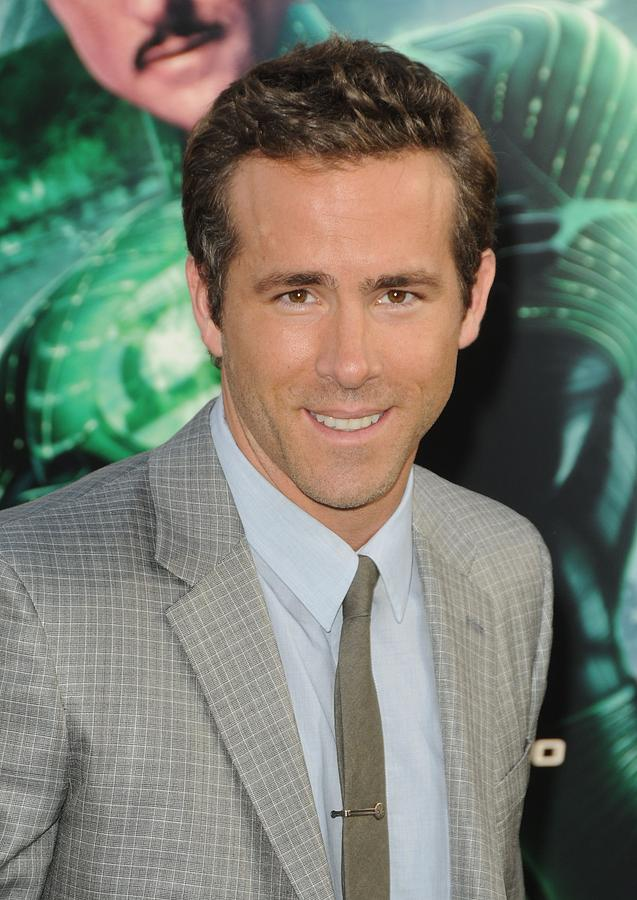 Ryan Reynolds At Arrivals For Green Photograph  - Ryan Reynolds At Arrivals For Green Fine Art Print