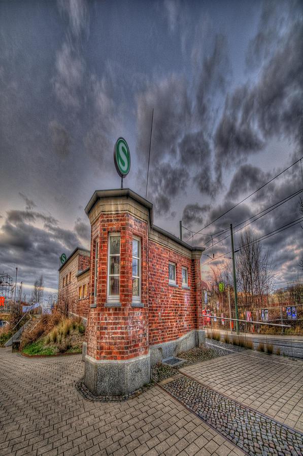 S Bahn Eck Photograph