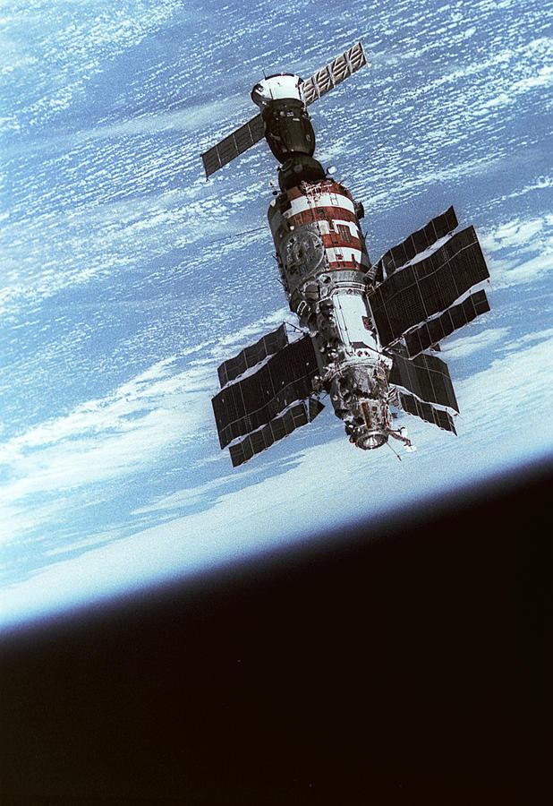 Salyut 7 Space Station In Orbit Photograph by Ria Novosti