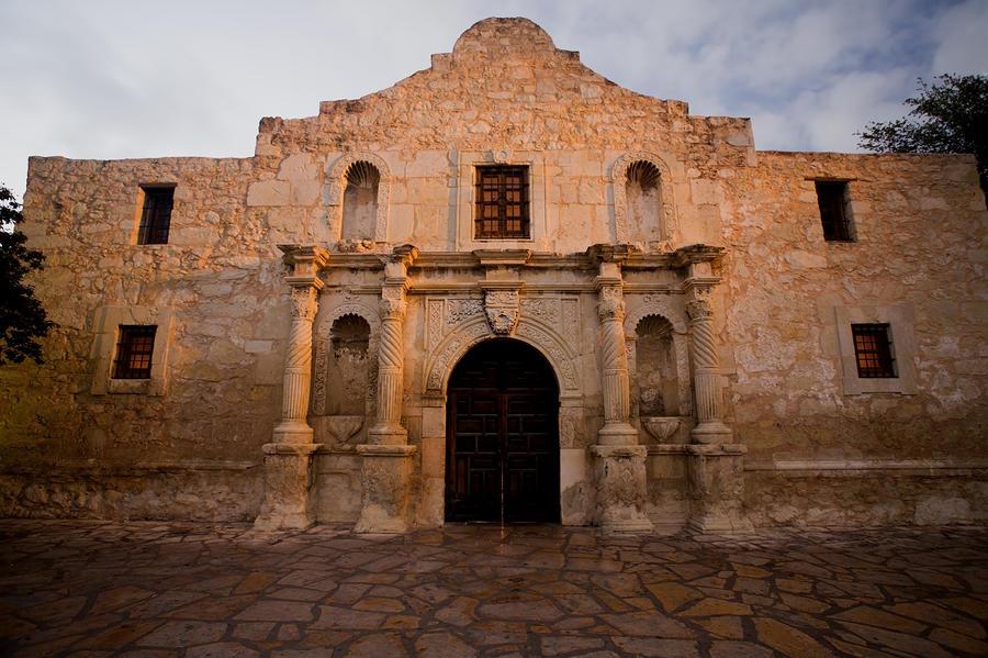 San Antonio Alamo At Sunrise Photograph