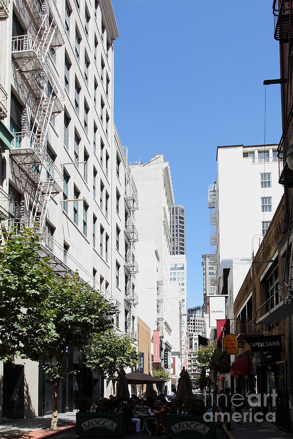 San Francisco - Maiden Lane - Outdoor Lunch At Mocca Cafe - 5d18011 Photograph