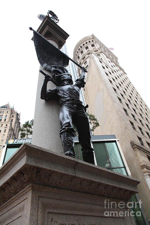 San Francisco - Monument On Market Street - 5d17845 Photograph