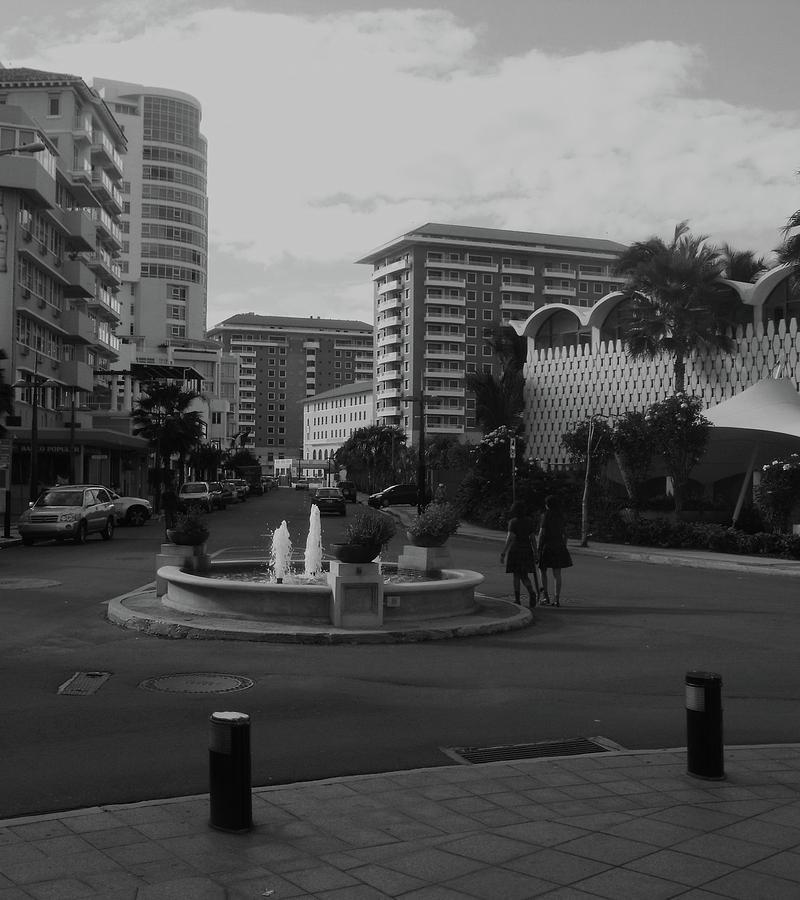 San Juan Fountain II Photograph