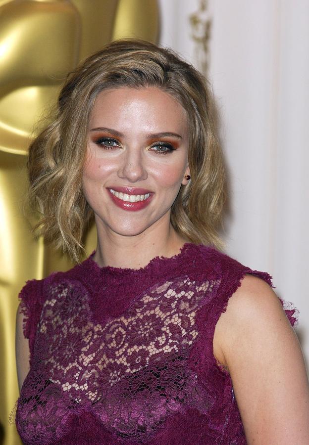 Scarlett Johansson In The Press Room Photograph