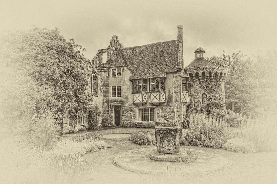 Scotney Castle Photograph