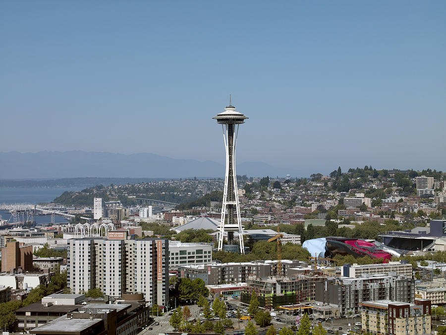 2009 Photograph - Seattle: Cityscape, 2009 by Granger