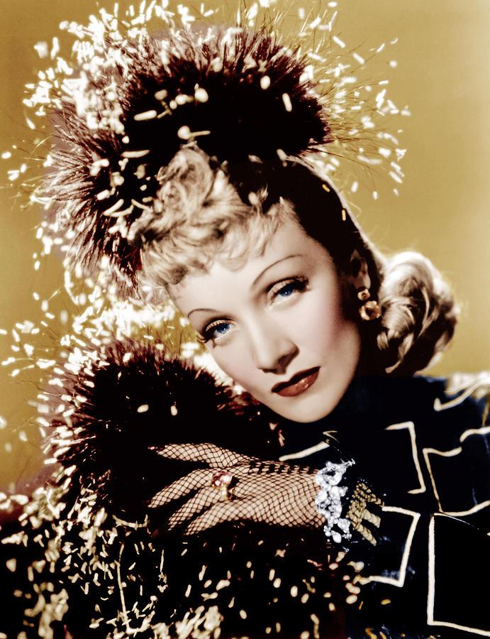 1940 Movies Photograph - Seven Sinners, Marlene Dietrich, 1940 by Everett
