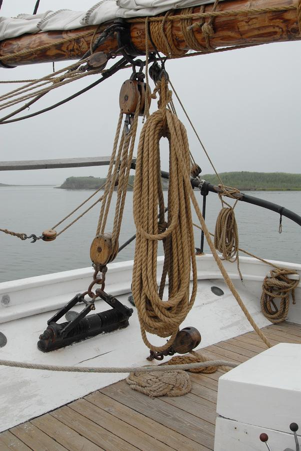 Sailing Ship Photograph - Ship 32 by Joyce StJames