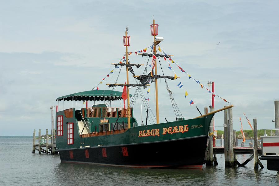 Ship 34 Photograph