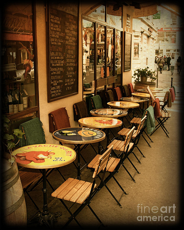 paris sidwalk cafes 