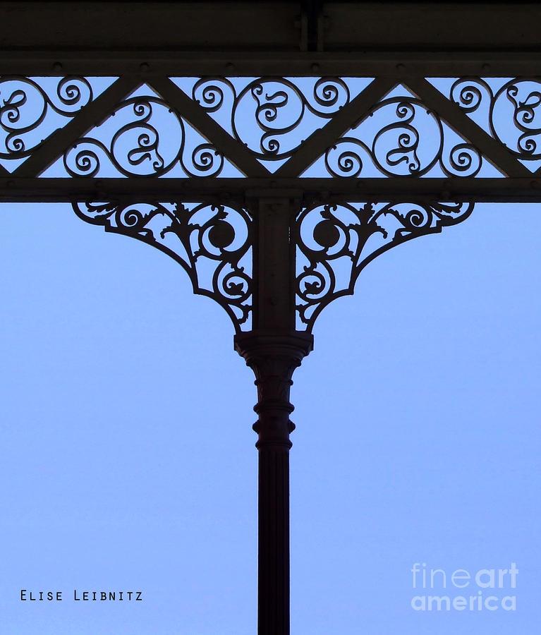 ap7483 silhouettes fretwork - photo #10