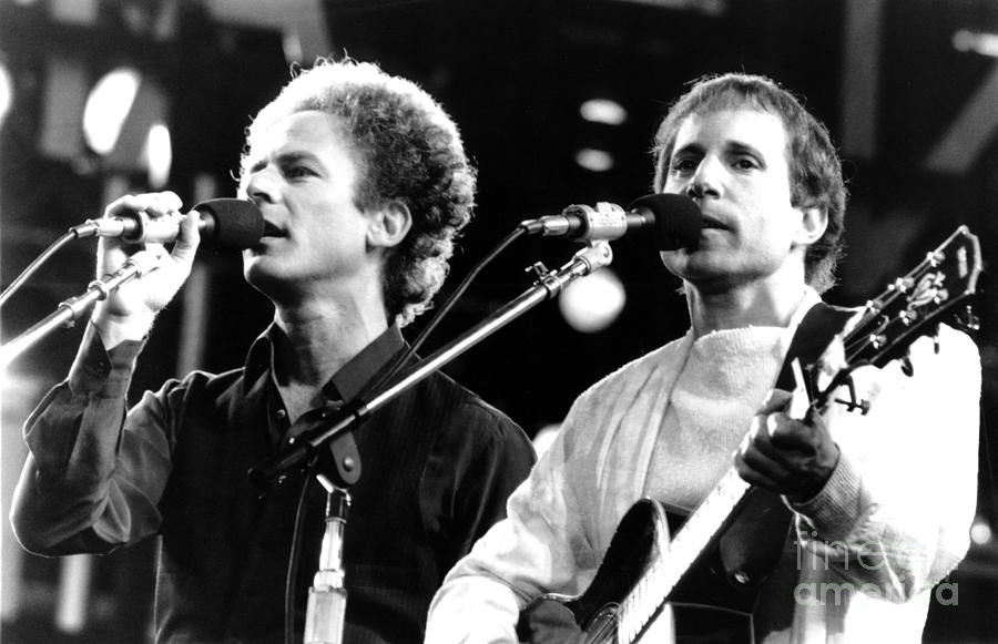 Simon And Garfunkel 1982 Photograph By Chris Walter