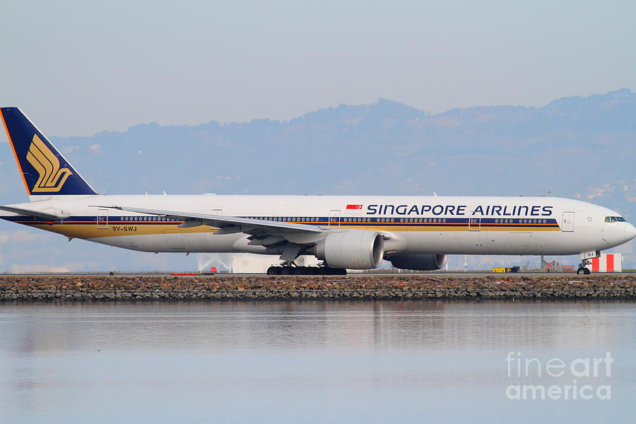 Singapore Airlines Jet Airplane At San Francisco International Airport Sfo . 7d12145 Photograph  - Singapore Airlines Jet Airplane At San Francisco International Airport Sfo . 7d12145 Fine Art Print