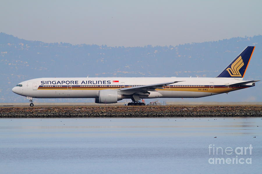 Singapore Airlines Jet Airplane At San Francisco International Airport Sfo . 7d12163 Photograph