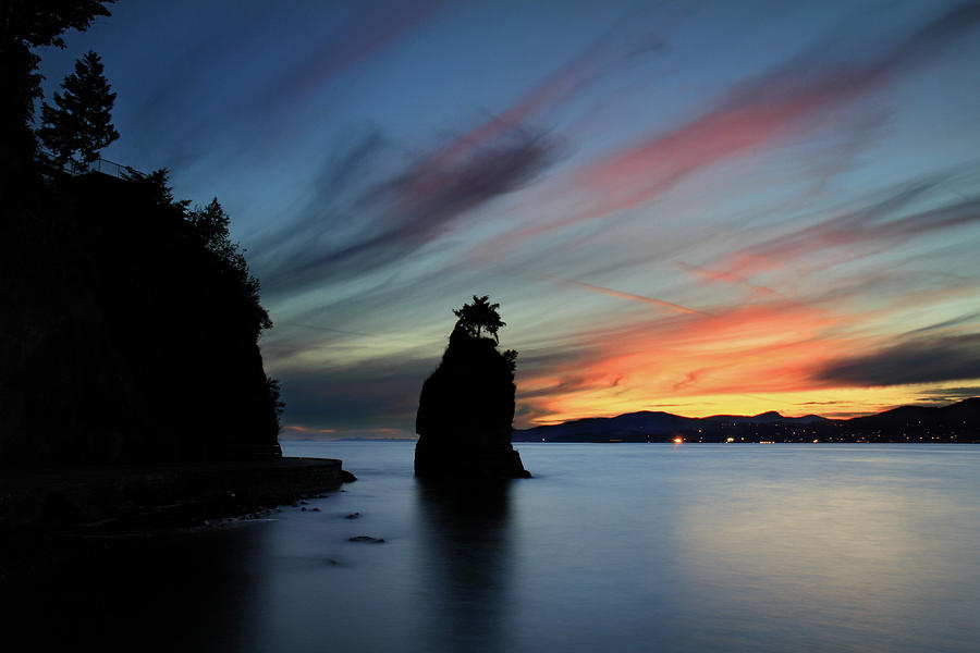 Siwash Rock At Sunset In Vancouver B.c Photograph  - Siwash Rock At Sunset In Vancouver B.c Fine Art Print
