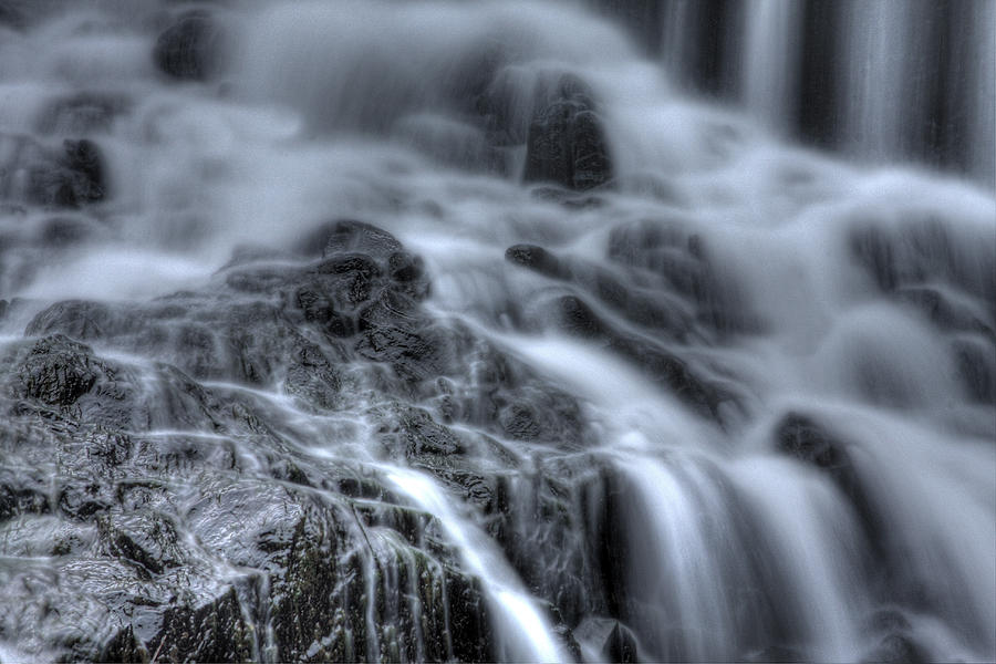 Buttermilk Falls Photograph - Skull On The Rocks by Jeff Bord