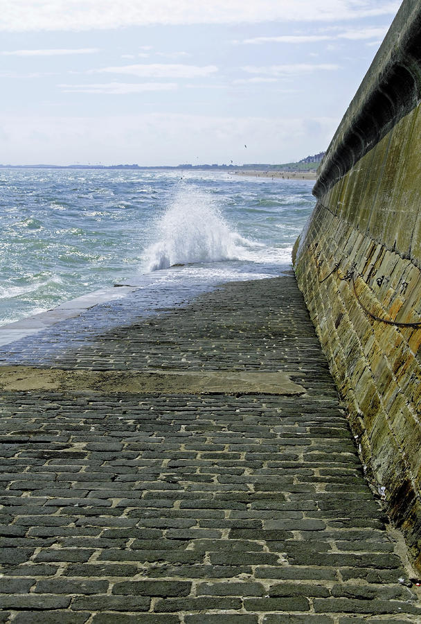 Slipway Splash - Bridlington Harbour Photograph  - Slipway Splash - Bridlington Harbour Fine Art Print