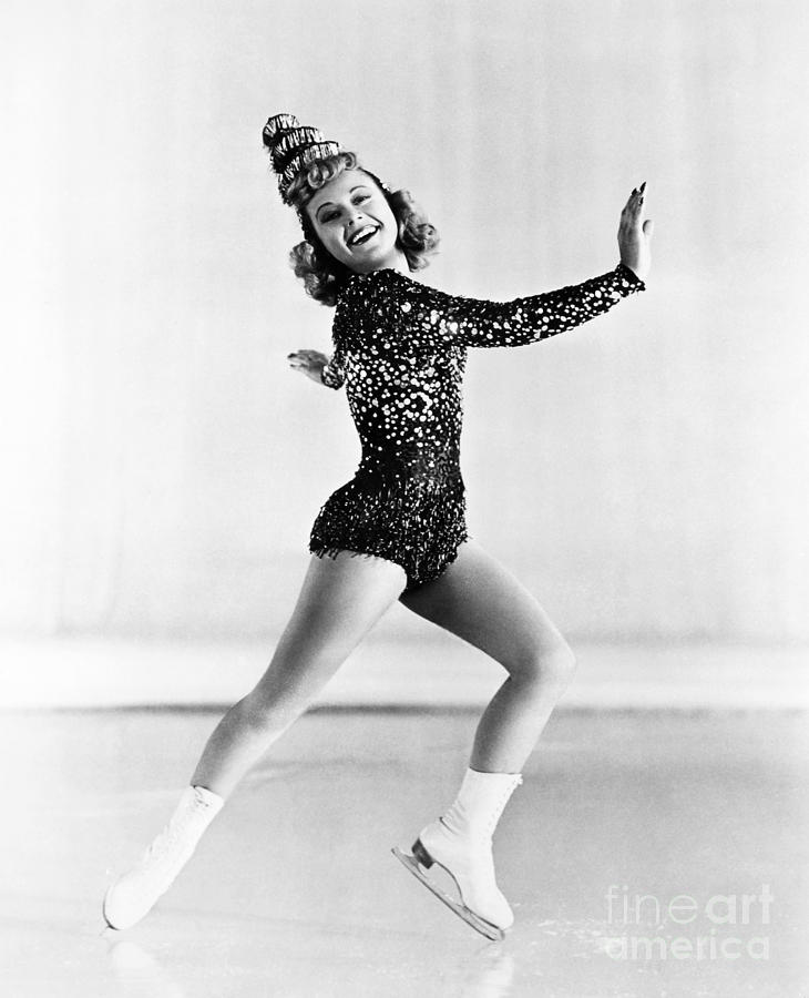 Sonja Henie (1912-1969) Photograph - 58.2KB