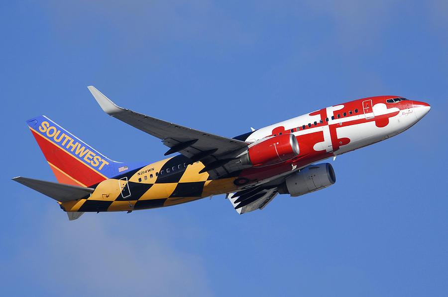 Southwest Airlines Boeing 737 7h4 N214wn Maryland One