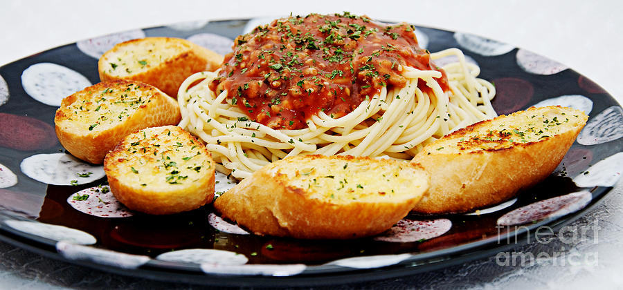Spaghetti And Meat Sauce With Garlic Toast Pano Photograph