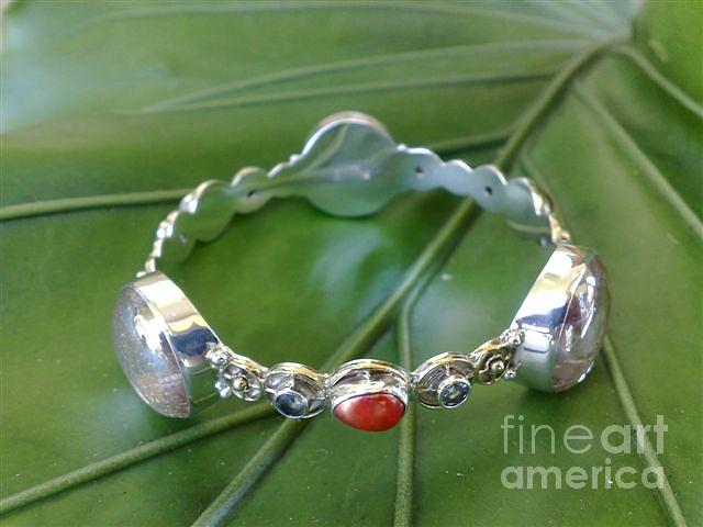 Ss Bangle With Ice Clear Glass Gem Marbles  Jewelry