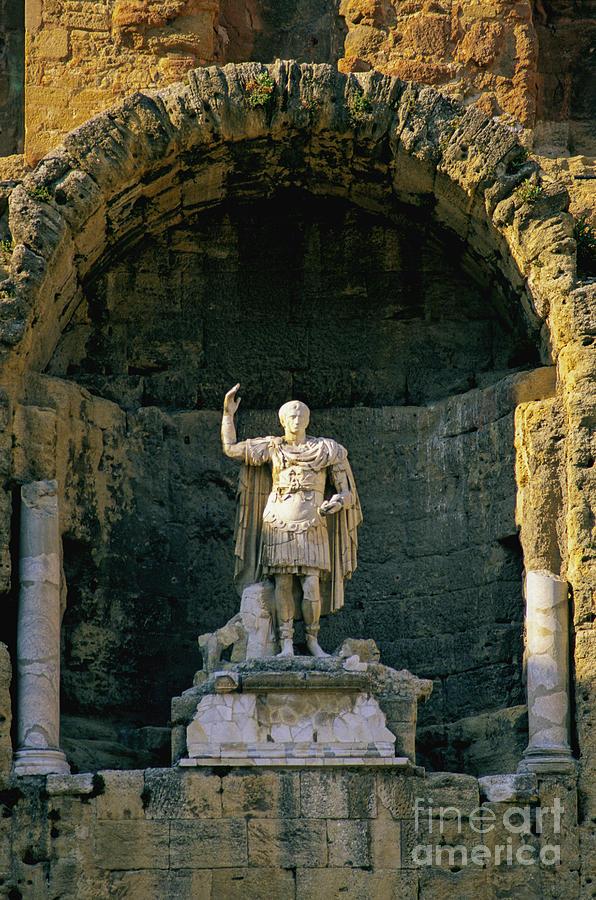 Statue De Lempereur Auguste Dans Le Theatre Dorange. Photograph