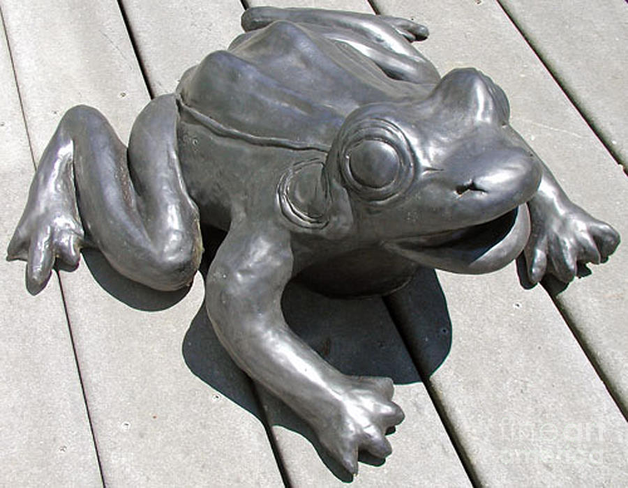 Stoneware Fountain Frog Sculpture