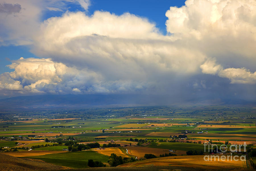 Kittitas Valley Photograph - Storm Over The Kittitas Valley by Mike  Dawson