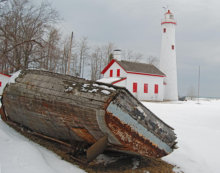 Sturgeon Point Lighthouse Photograph