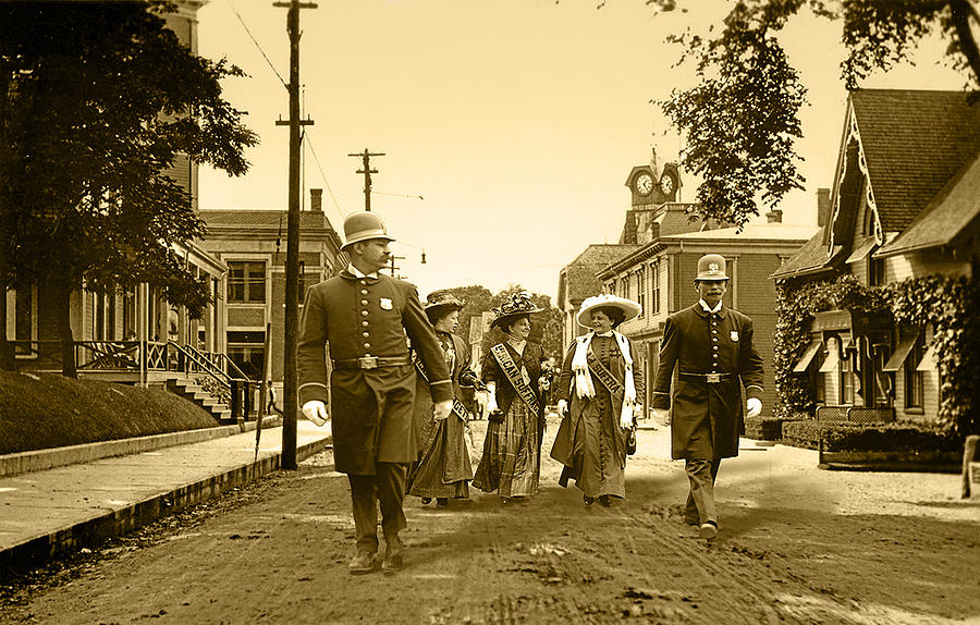 Suffragettes Photograph