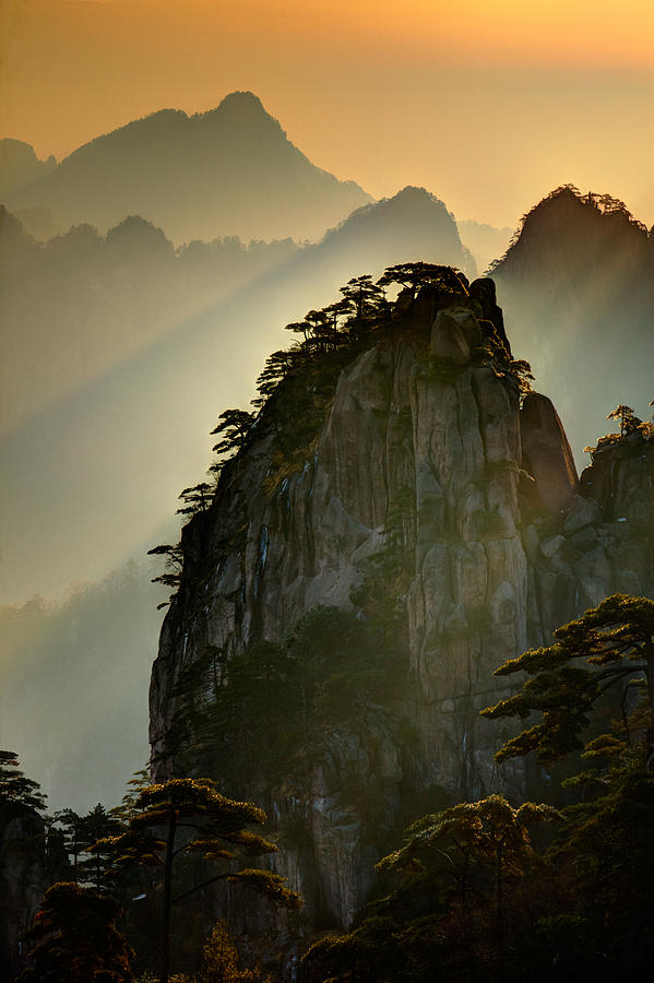 Sunset Huangshan Mountain by Eggers Photography