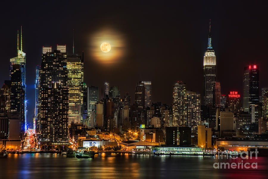 Super Moon Over Nyc Photograph  - Super Moon Over Nyc Fine Art Print