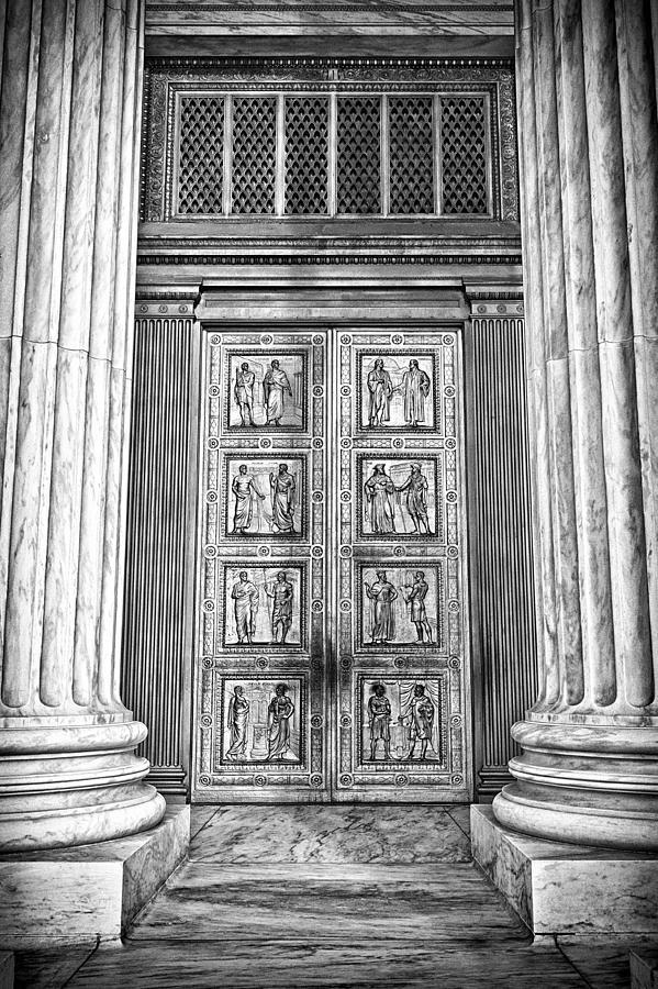 Supreme Court Building 12 Photograph