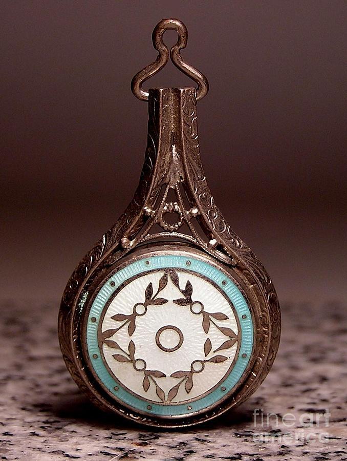 Pendants Jewelry - T 15 by Dwight Goss