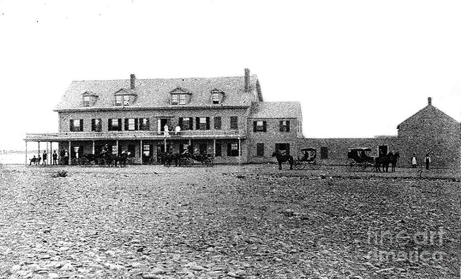 Tafts Hotel 1830 Photograph