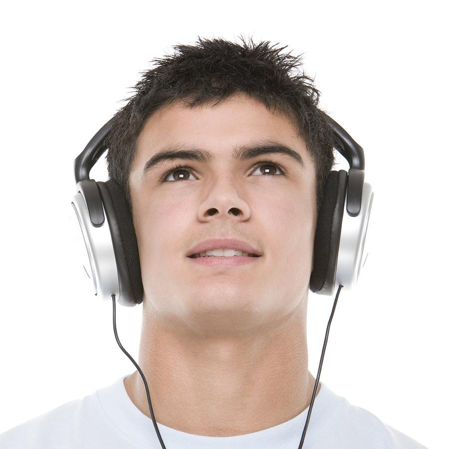 teenage-boy-listening-to-music-.jpg