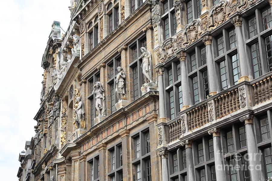 Brussels Photograph - Textures Of Brussels by Carol Groenen