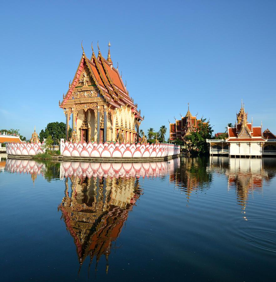thai-temple-thunphisit-choksamai.jpg