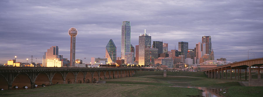 North America Photograph - The Dallas Skyline At Dusk by Richard Nowitz