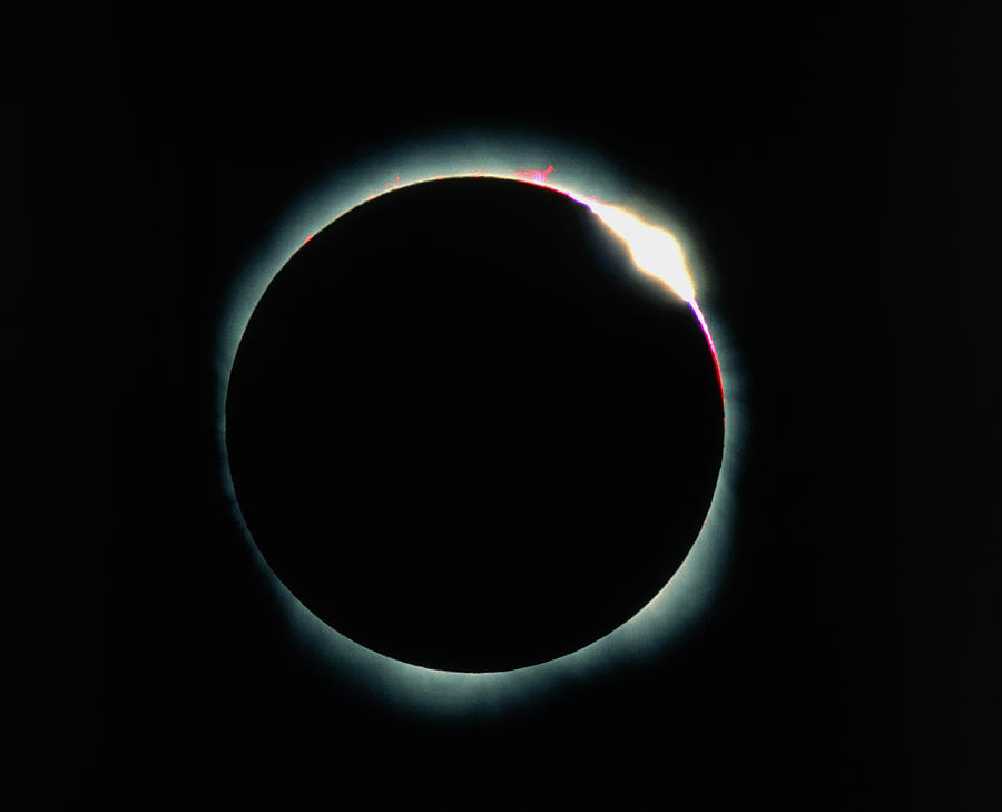 Diamond Ring Effect Photograph - The Diamond Ring Effect During A Solar Eclipse by David Nunuk