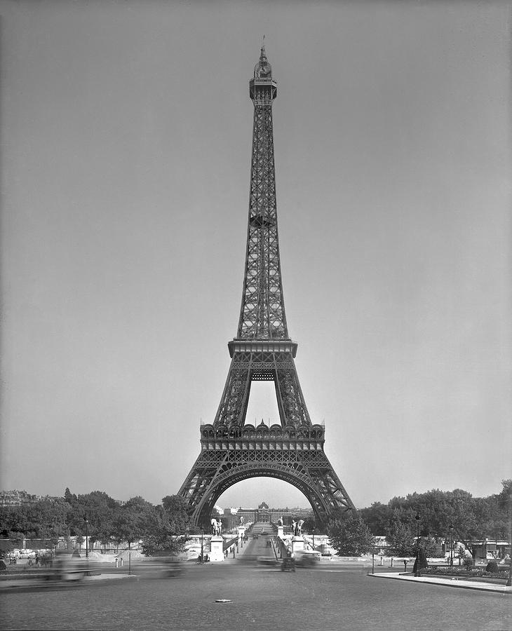 The Eiffel Tower Photograph  - The Eiffel Tower Fine Art Print