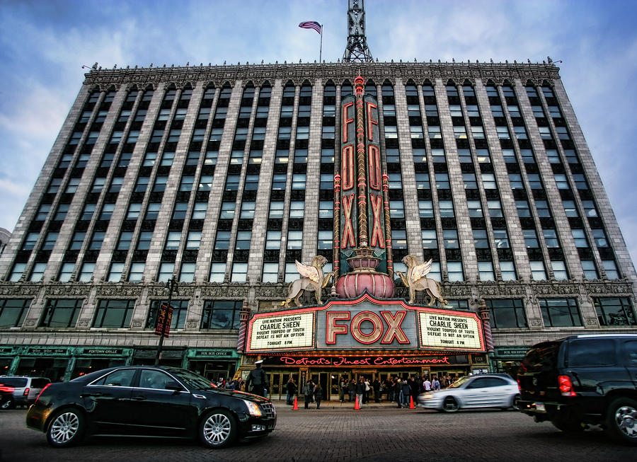 The Fox Theatre In Detroit Welcomes Charlie Sheen Photograph  - The Fox Theatre In Detroit Welcomes Charlie Sheen Fine Art Print