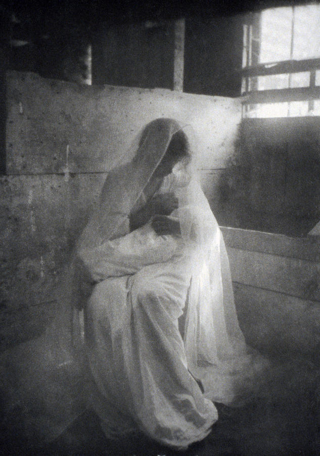 The Manger, By Gertrude Kasebier, Shows Photograph