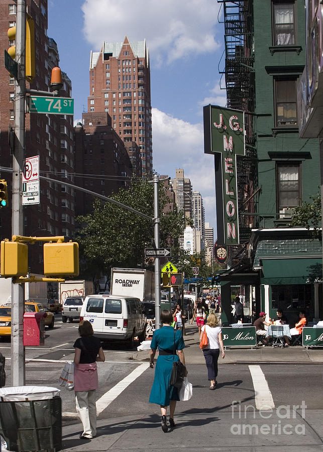 The Manhattan Sophisticate Photograph
