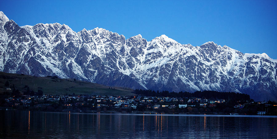 queenstown single women Queenstown is a wonderful place to be young and single  nationally, there are  only about eight single men for every 10 single women.
