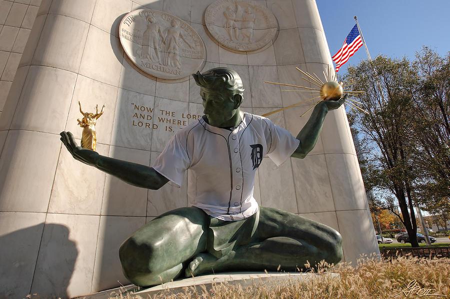 Detroit Photograph - The Spirit Of Detroit Tigers by Gordon Dean II