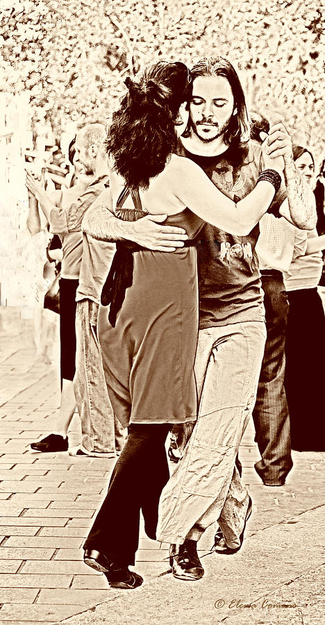 The Tango Photograph
