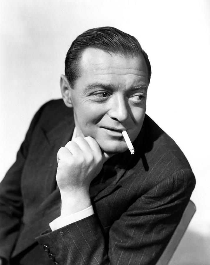 1940s Portraits Photograph - Three Strangers, Peter Lorre, 1946 by Everett